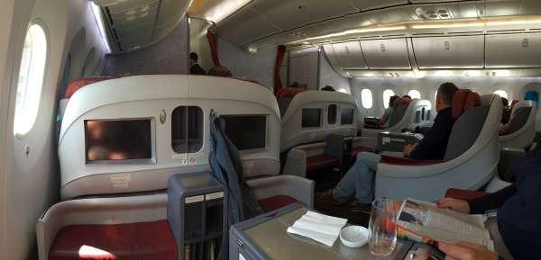 lan_boeing_787_dreamliner_business_class_1